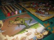 Evo. Hodowla dinozarów. Komu uda się zamienić T-rexa w pożyteczną kurę nioskę - wygrywa. Czy jakoś tak...